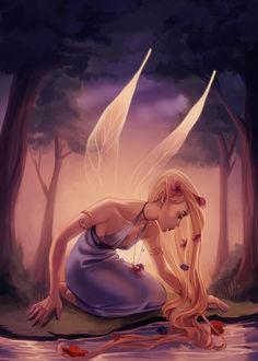 Фото Девушка с длинными волосами с крылышками сидит у водоема