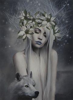 Фото Светловолосая девушка с закрытыми глазами, с цветами и ветками дерева на волосах с волком, by Brita Seifert