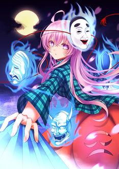 Фото Hata no Kokoro / Хата но Кокоро в окружении масок из игры Проект Восток / Touhou Project, art by Koissa