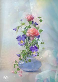 Фото Ваза с красивыми цветами