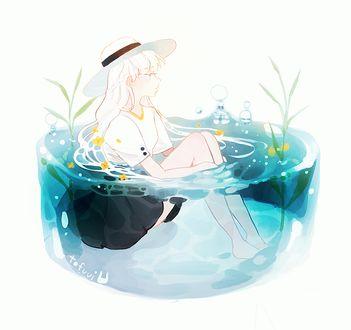 Фото Девушка в шляпе сидит в воде, by tofuvi