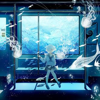 Фото Беловолосая девушка в японской школьной форме сидит в вагоне поезда под водой, глядя на проплывающих мимо призрачных рыб и медуз, by Pixiv Id 3999381