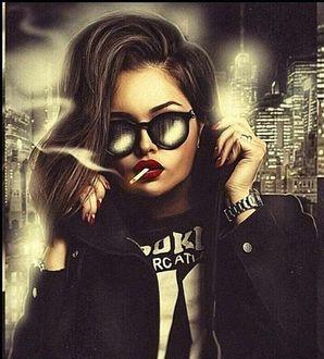 Фото На фоне ночного города девушка в солнцезащитных очках и с сигаретой в губах