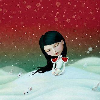 Фото Персонаж одноименных сказок Алиса сидит на снегу с белым кроликом на руках, в окружении других белых кроликов, фотохудожница Лариса Кулик - Ann Mei