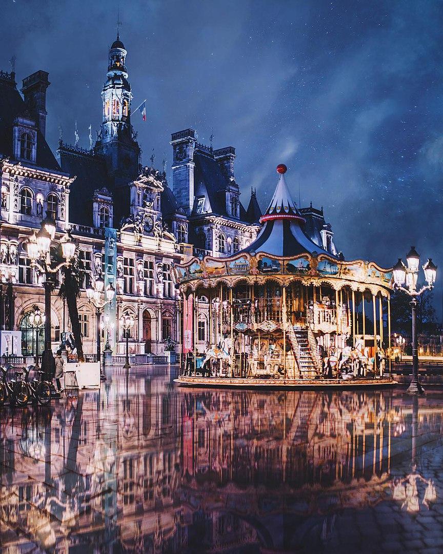 Фото Hоtel de Ville, Paris, France / Отель де Вилль и карусель в ночной подсветке, Paris / Париж