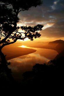 Фото Река на закате солнца