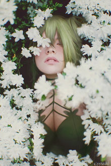 Фото Девушка среди белых цветов, by Kiyoshuki