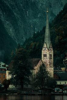 Фото Городская действующая церковь. Фотограф Andrew Lisowski