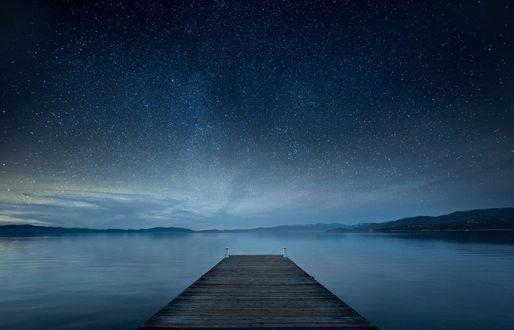 Фото Помост на озере Tahoe, California / Тахо, Калифорния, под красивым звездным небом, фотограф Андрей Попов
