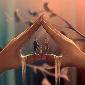Фото На пальцах рук стоит папа, мама и ребенок, by Aquasixio - Cyril ROLANDO
