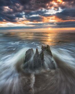 Фото Восход солнца над заливом, фотограф Frank Delargy