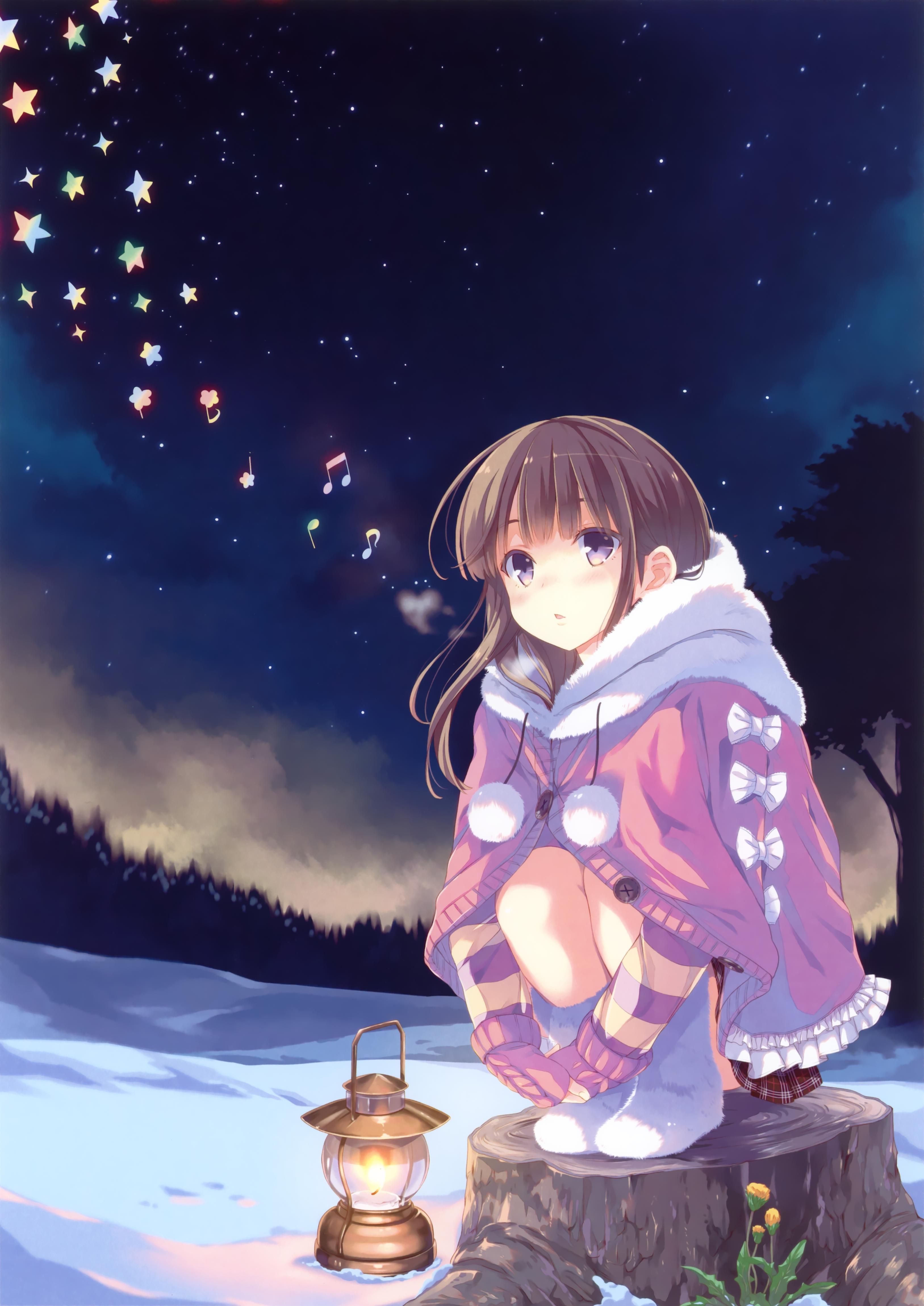 Фото Девочка зимней ночью сидит на пеньке, рядом стоит фонарь и летают разноцветные нотки