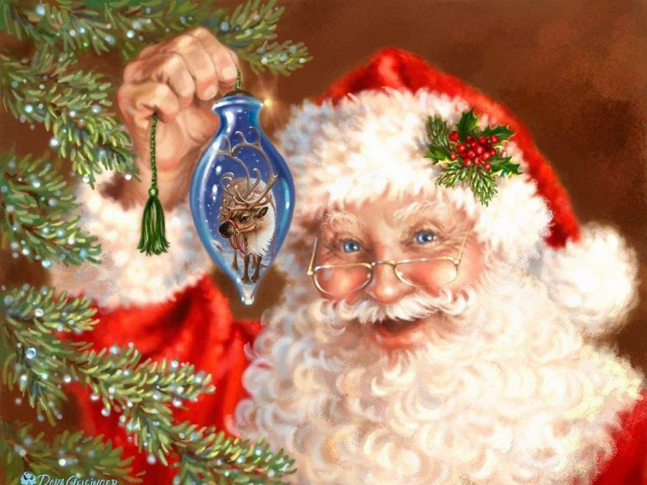 Санта Клаус в очках держит в руке елочную игрушку, by Dona Gelsinger