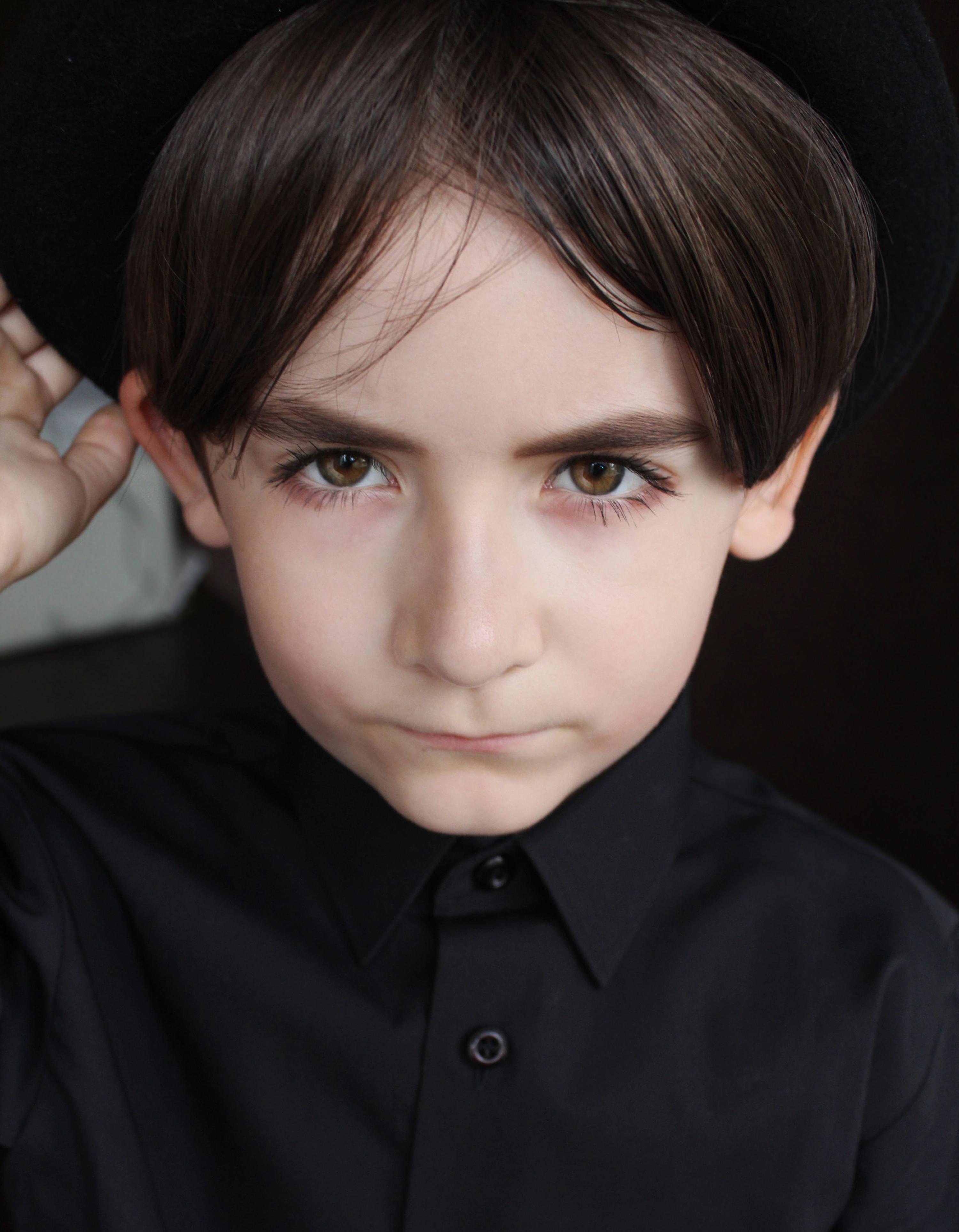 Фото Мальчик Влад в шляпе