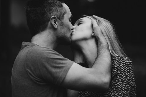 Фото Парень целует девушку, фотограф Anita Suchocka
