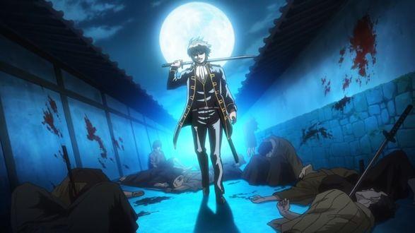 Фото Okita Sougo / Окита Соуго в военной форме с катаной идет по ночной улицы среди трупов из аниме Гинтама / Gintama