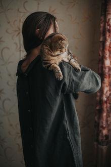 Фото Девушка с кошкой на плече, by Taya Iv