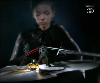 Фото Духи Gucci на скрипке, на фоне боке с девушкой, by Andrey Razoomovsky