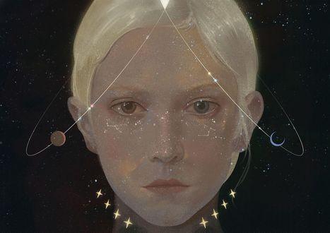 Фото Голова белокурой девушки с орбитами и созвездиями, art by zhongxiayou