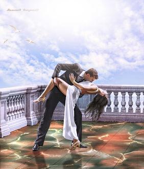 Фото Девушка с парнем целуются на балконе под облаками, Малышев Владимир