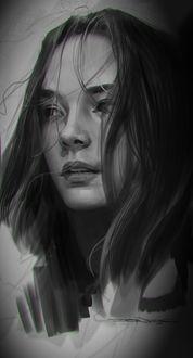 Фото Портрет девушки с длинными волосами