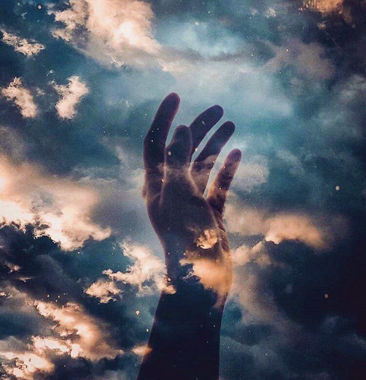 Картинки небо в руках
