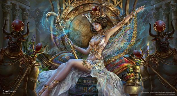 Фото Египетская богиня Hathor / Хатхор на троне, между минотавров, by Solan