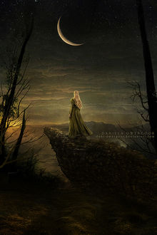 Фото Девушка стоит на фоне ночного неба с месяцем, by Dani-Owergoor
