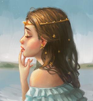Фото Девочка в профиль с украшением на голове, by Xelene Del Pilar