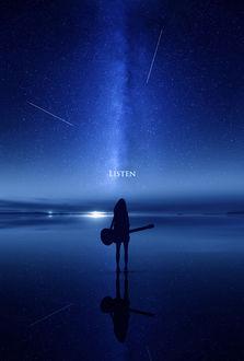 Фото Силуэт девушки с гитарой, стоящей на поверхности воды на фоне ночного неба и падающих звезд (LISTEN / СЛУШАЙ)