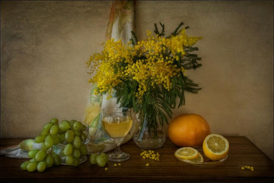Фото Натюрморт с фруктами и букетом мимозы, авторTatiana Skorokhod