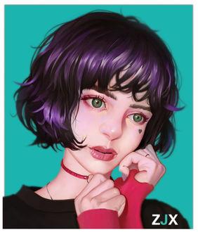 Фото Девушка с фиолетовыми волосами держит руки у лица
