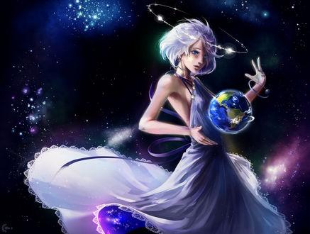 Фото Белокурая и голубоглазая девушка с нимбом над головой, в белом платье в космосе держит планету между руками, by ProtoRC