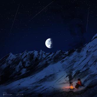 Фото Мальчик сидит ночью при луне у костра в горах