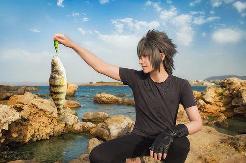 Фото Принц Ноктис / prince Noctis на рыбалке из игры Final Fantasy XV, by Krisild