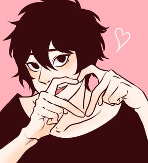 Фото Темноволосый парень с сердцем из пальцев на розовом фоне, by anh0930