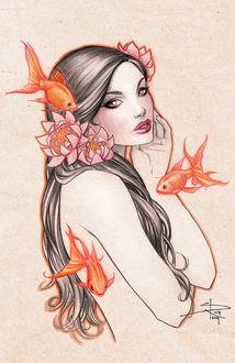 Фото Красивая милая девушка с темными длинными волосами украшенная цветами на фоне рыбок. by Sabinerich