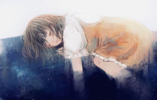 Фото Спящая маленькая девочка