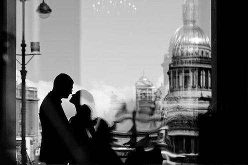 Фото Парень с девушкой на фоне города. Фотограф Александр Смирнов