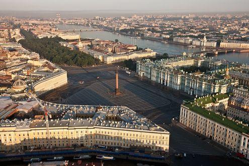 Фото Дворцовая площадь города Санкт- Петербург, Россия