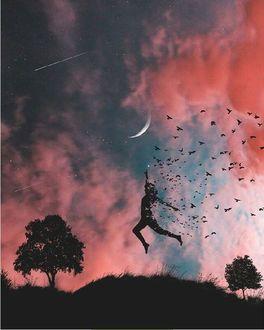 Фото Девушка парит в воздухе