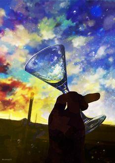 Фото Фужер в руке на фоне неба, by nomiya38