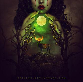 Фото У девушки между рук светящаяся полная луна над рогами с огнем у оленя, by brillgk