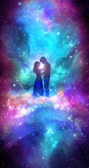 Фото Влюбленные стоят обнявшись на фоне космической туманности, by 00
