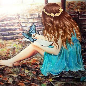 Фото Девочка рисует бабочку, by Kristina Webb