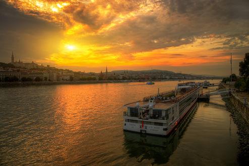 Фото Закат на Дунае. Фотограф Эдуард Гордеев