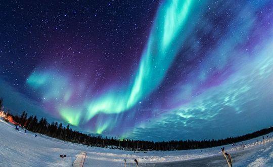 Фото Северное сияние на зимнем небе