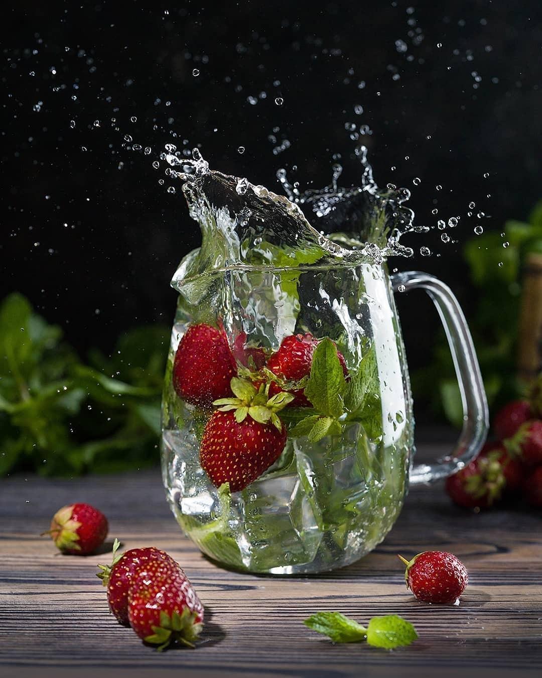 поздравим ягоды в воде фото обсудим