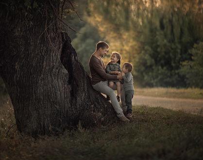 Фото Дети с папой на природе, фотограф Степанова Дарья
