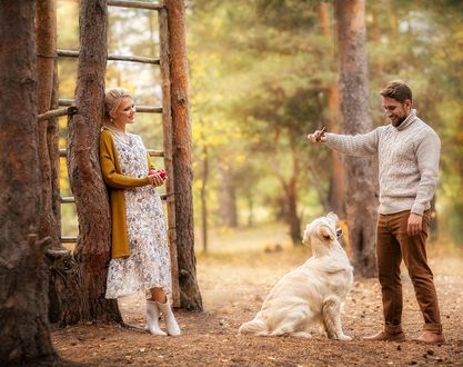 Фото Парень с девушкой и их собака на природе, фотограф Ирина Недялкова